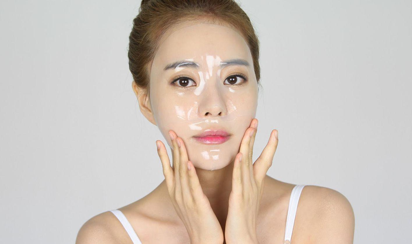 Đắp mặt nạ thường xuyên để chăm sóc da mùa đông